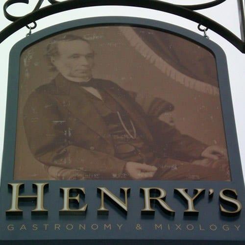 RestaurantHenrys2